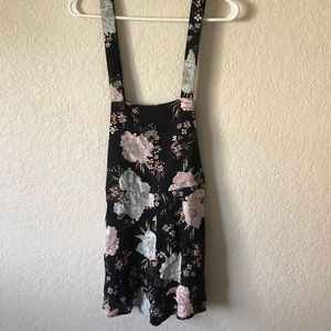 NWT H&M Floral Overall Jumpsuit